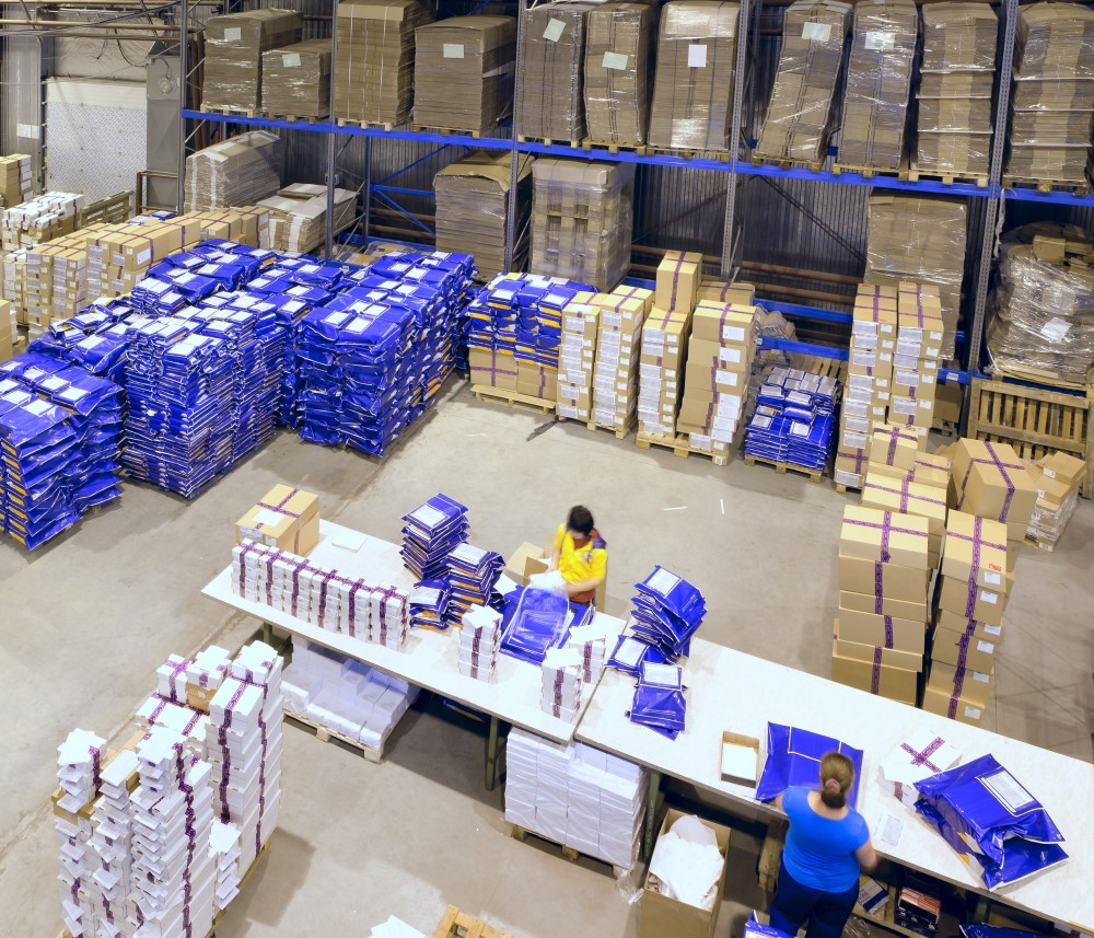 3PL Warehouse Shipping packages in preparation for black friday and cyber monday